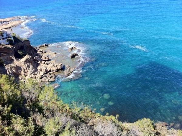 Vistas del mar desde la ruta de la Cova Tallada. Dénia. Alicante