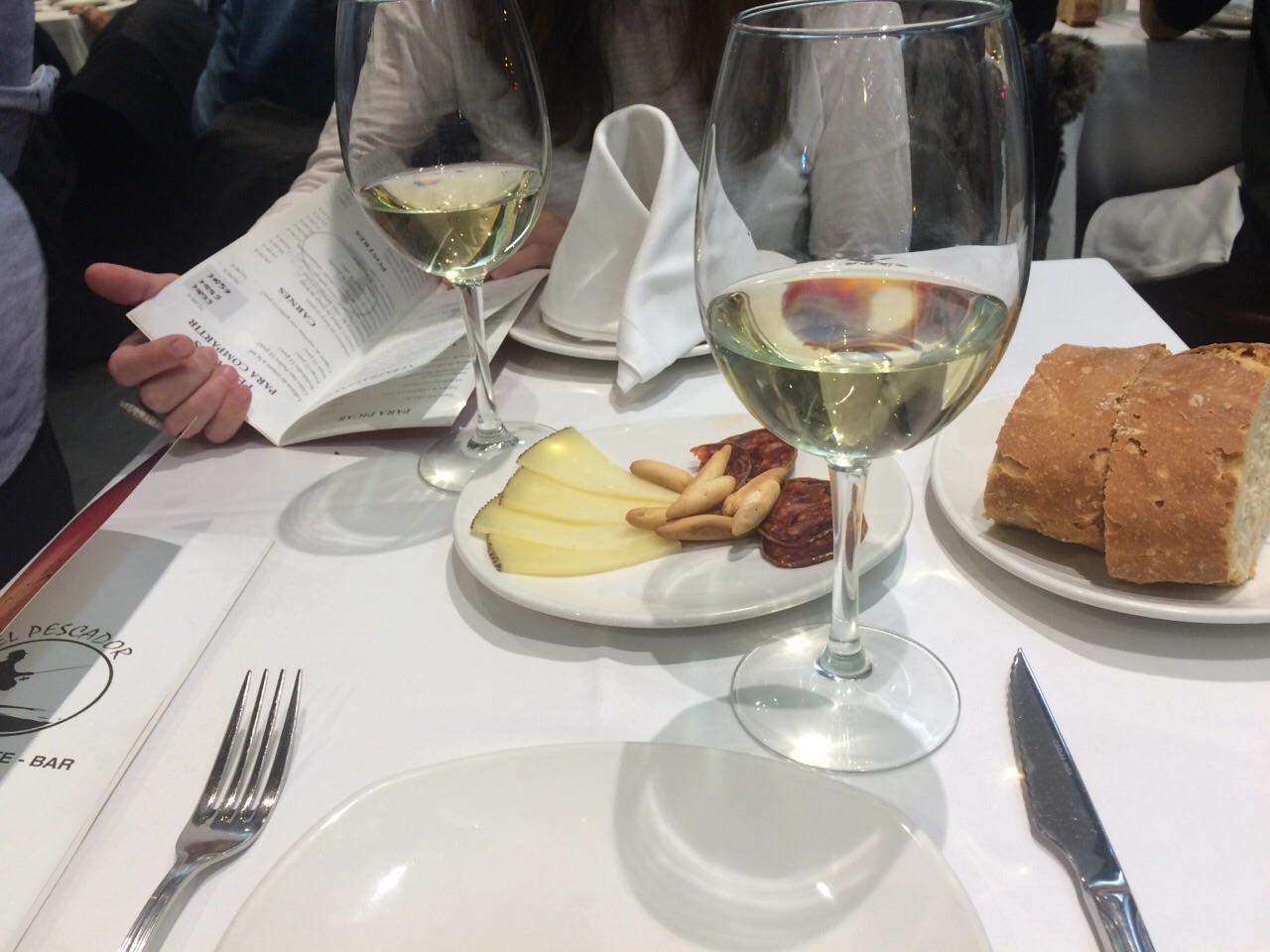 Restaurantes con ni os en la sierra de madrid familias for Restaurantes con piscina en la sierra de madrid