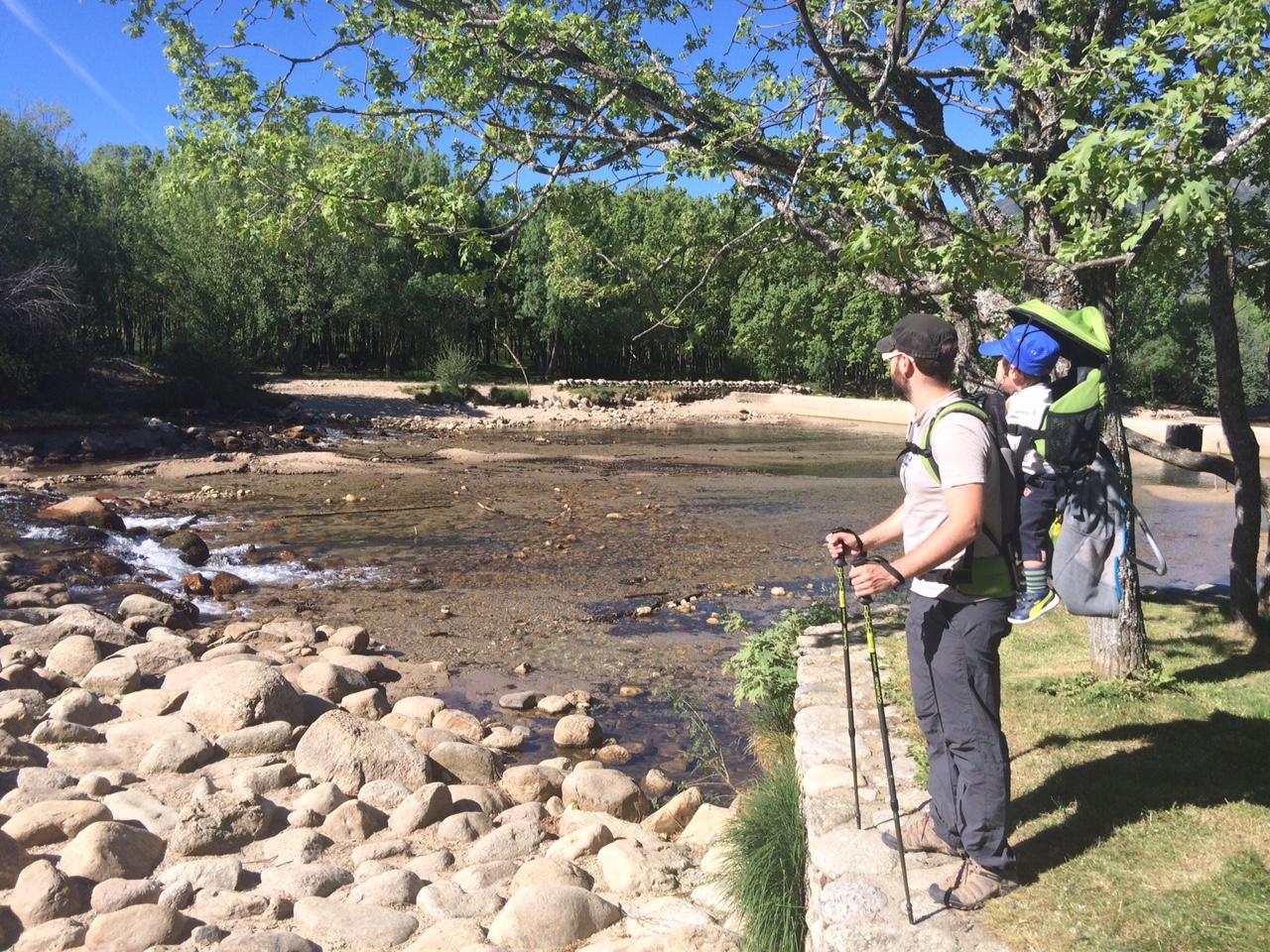 Piscinas naturales de las presillas y senderismo junto al for Aguas termales naturales madrid