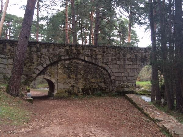 Puente de Navalacarreta en la ruta de Boca del Asno (Segovia)