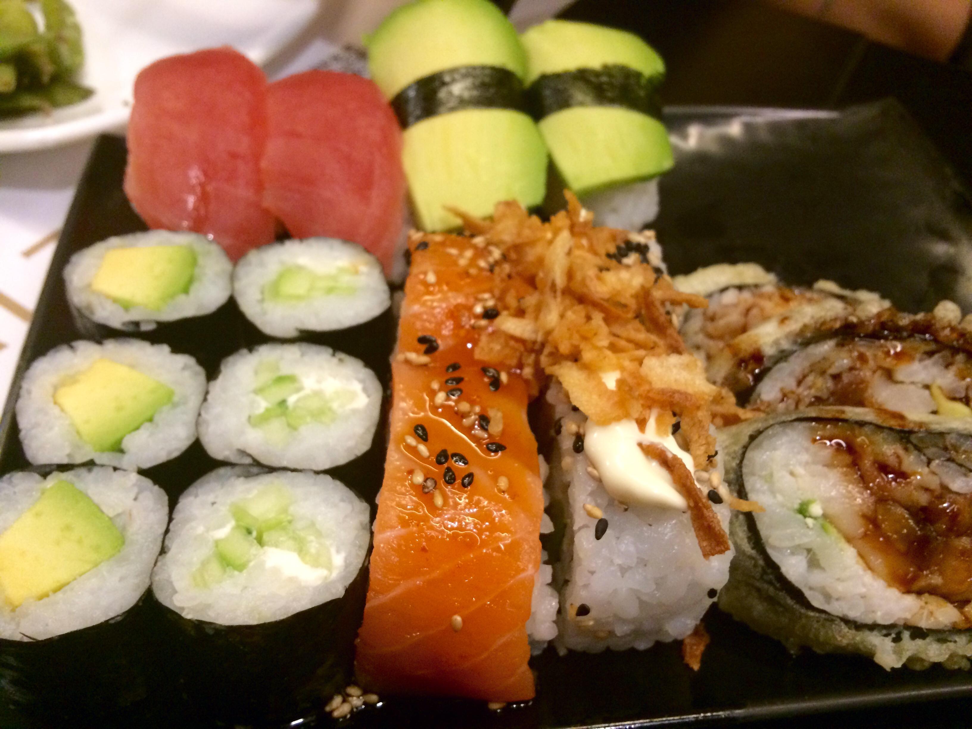 Bandeja de sushi de Sumo (Madrid)