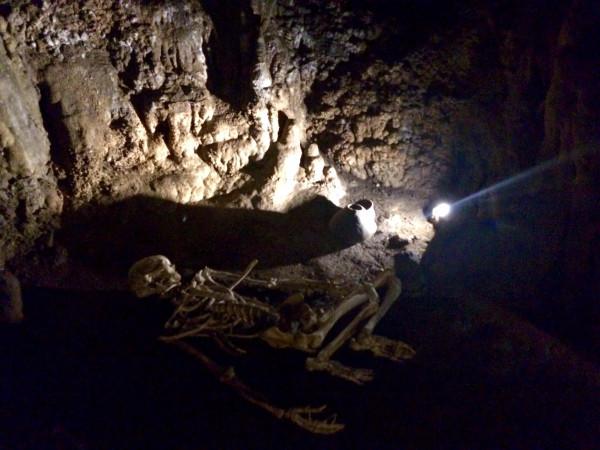 Cueva de los Enebralejos. Prádena (Segovia)