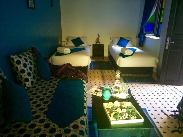 Habitación del hotel Riad Belle Essaouira (Marruecos)