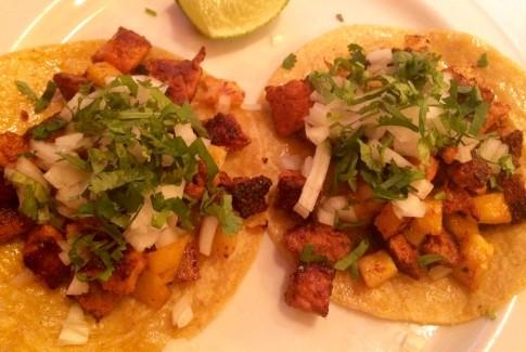 Tacos pastor en el Restaurante la Herradura