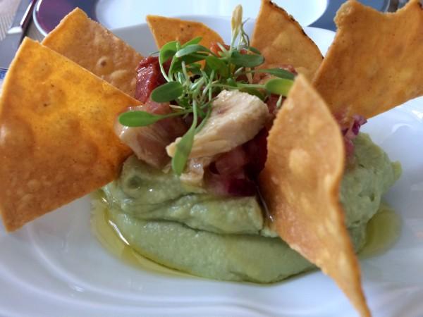 Guacamole con chicharrones Restaurante Bistrot (Collado Mediano)