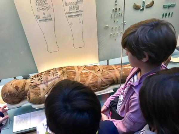 Las salas de Egipto son alucinantes para los niños