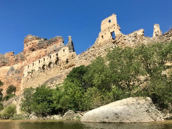 Monasterio de la Hoz desde el kayak (Segovia)