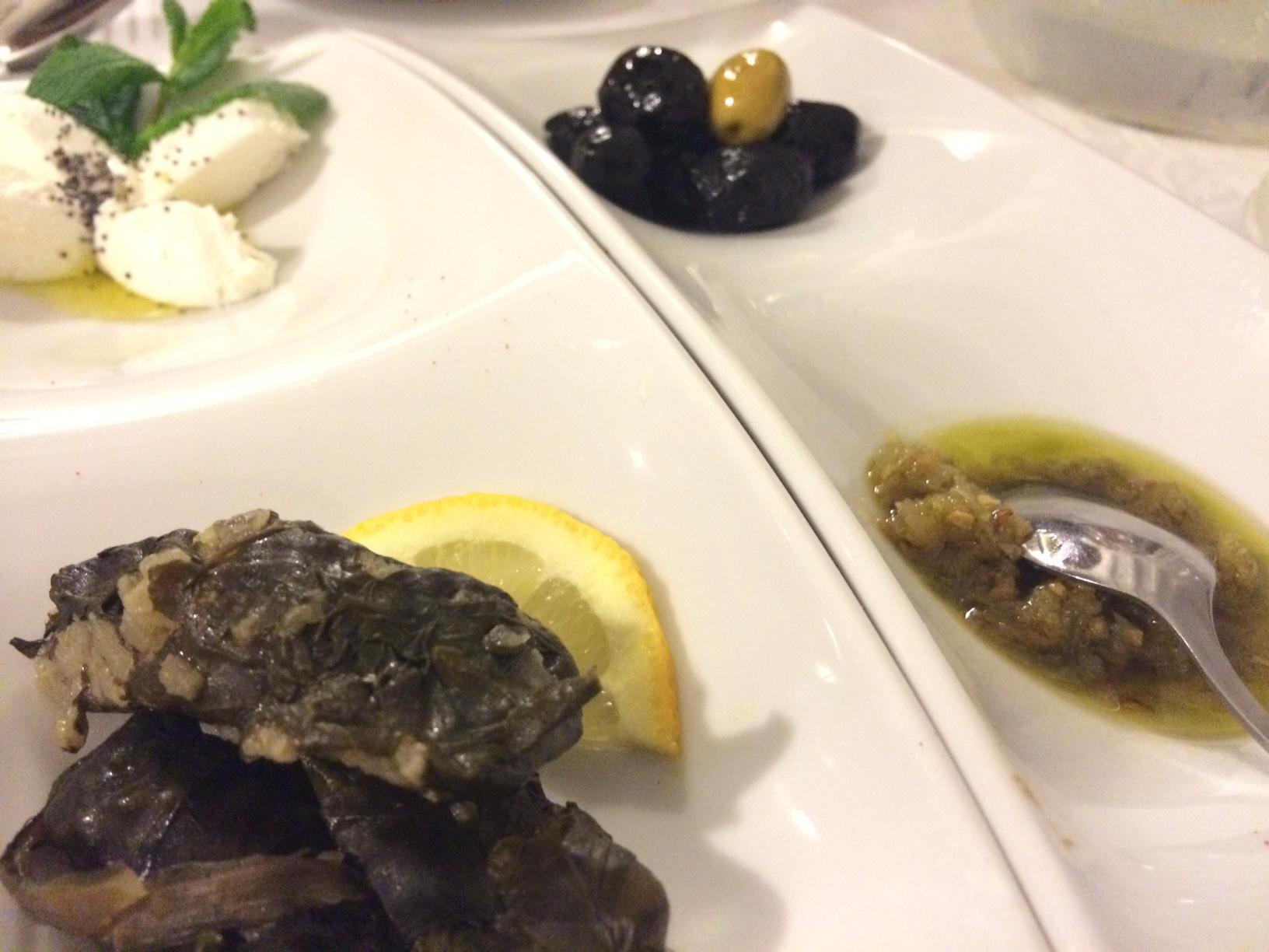 Entrantes libaneses en Restaurante Al-Zaraq (Benissa)