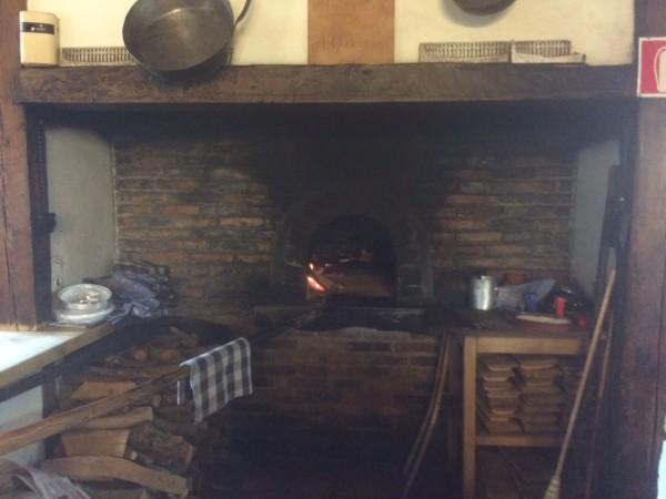Horno de asar del restaurante Casa Manrique en Sotosalbos (Segovia)