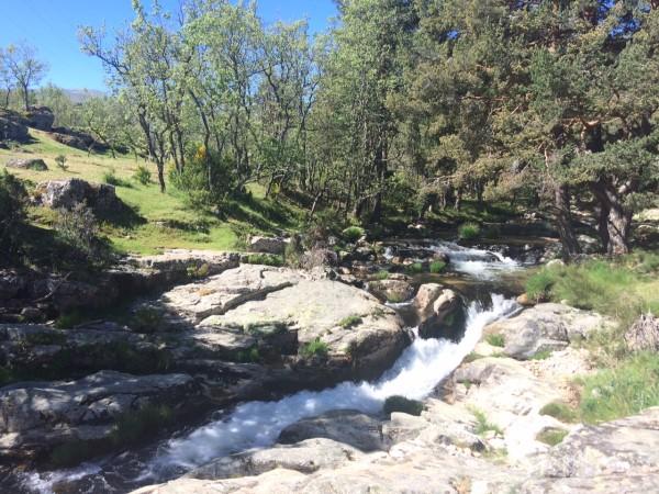 Cascadas en el río de la Angostura. Rascafría (Madrid)