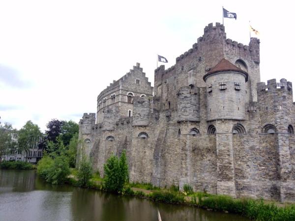 Castillo de los Condes de Flandes (Gravensteen) en Gante (Bélgica)