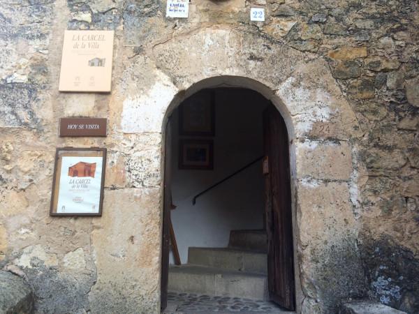 Entrada a la Cárcel de la villa de Pedraza (Segovia)