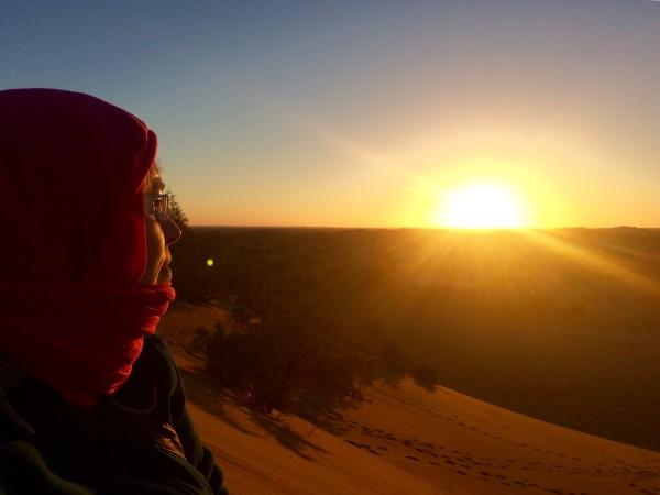 Viendo el atardecer en las dunas de los judíos (Marruecos)
