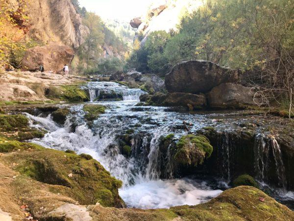 Llegada al nacimiento del río Pitarque (Teruel)