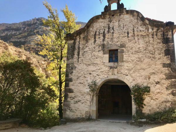 Ermita de la Virgen de la Peña en Pitarque (Teruel)